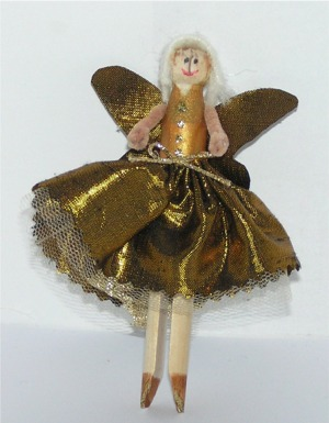 making a peg fairy